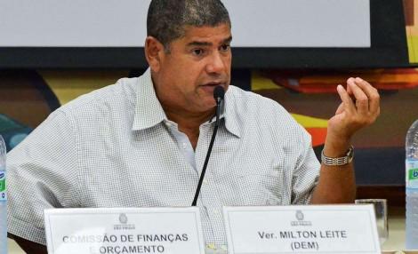 PT para abocanhar 1ª secretaria da Câmara de SP, vota em peso no DEM e ignora o PSOL