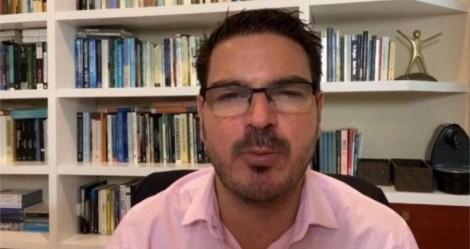 """Para o desespero da esquerda, Jovem Pan """"sente o golpe"""" e recontrata Rodrigo Constantino (veja o vídeo)"""