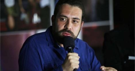 Derrotado em SP, Boulos vira colunista da Folha... Terá leitores?