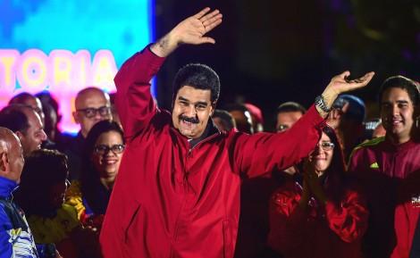Enquanto isso, Maduro avança, calando o que restou de imprensa independente na ditadura venezuelana