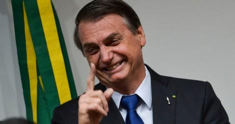 """Bolsonaro dá um tremendo de um """"nó"""" na oposição... Doria e Maia surtam (veja o vídeo)"""