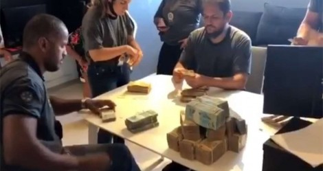 No Rio, Polícia Civil chega cedo na casa de funkeiro Nego do Borel e apreende quase meio milhão de reais