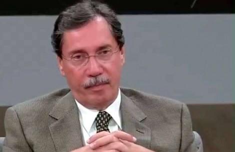 E quando Merval, integrante do jornalismo da Globo, assume a sua militância ideológica