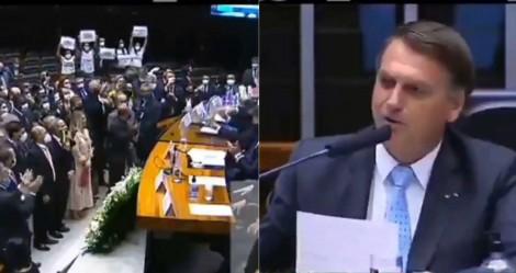 """Na Câmara, Bolsonaro é recebido com vaias pela """"esquerdalha"""" e dá resposta avassaladora (veja o vídeo)"""
