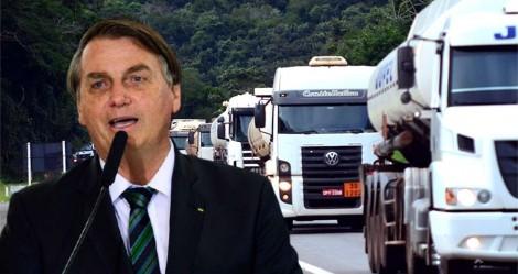 """Bolsonaro está próximo de diminuir imposto do diesel, um motivo de """"festa"""" para os caminhoneiros"""
