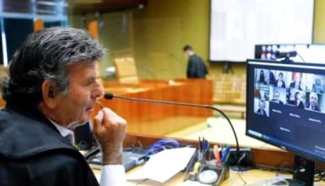 """""""Todo poder emana dos ministros do STF""""... É o que se deduz do  escandaloso ativismo judicial praticado no CONANDA"""