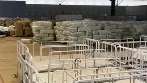 Flagrante: Equipamentos hospitalares que poderiam ser utilizados na luta contra a pandemia, são largados em galpão (veja o vídeo)