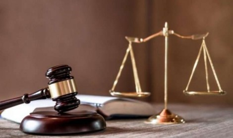 """A mesma """"justiça"""" que adere à """"bandidolatria"""" condena os mais vulneráveis"""