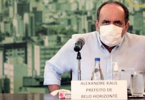 Falta pouco para Kalil, o homem das 1900 covas, dizer que poderemos contaminar os espíritos também!