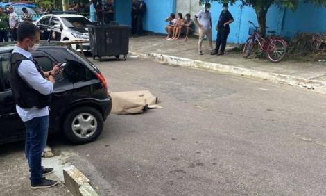 Vereador, apontado como chefe de grupo de extermínio, é assassinado e filha de Beira-Mar fica com a vaga
