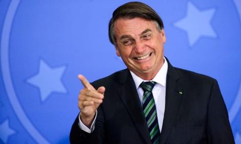 """Bolsonaro ironiza e escancara o verdadeiro motivo do """"desespero"""" da """"mídia do ódio"""""""