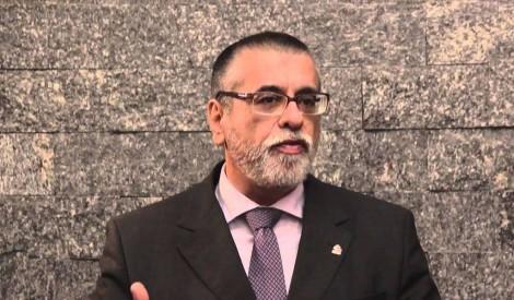 Redes sociais escancaram militância política e ideológica de magistrado que suspendeu a cogestão no RS