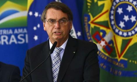 Bolsonaro sanciona lei, inclui visão monocular nas deficiências visuais e dá direito a benefícios