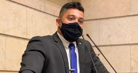 Gabriel Monteiro prende médica por omissão e entra na mira impiedosa do Conselho de Medicina (veja o vídeo)
