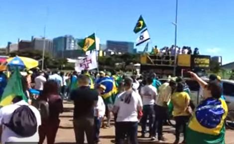 Marcha da Família reúne milhares de cristãos em Brasília (veja o vídeo)