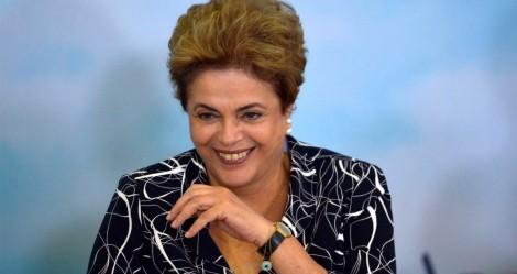 """Dilma ataca novamente e cria """"novo Papa"""" (veja o vídeo)"""