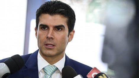 Justiça bloqueia bens de Hélder Barbalho, o governador do Pará, filho de Jader Barbalho