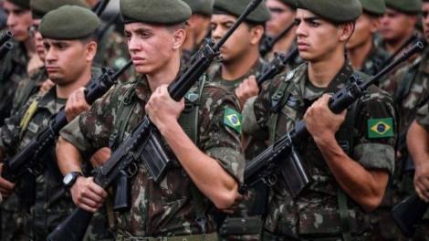 """""""O Exército é o anjo da guarda da população brasileira"""", afirma coronel Gobbo (veja o vídeo)"""