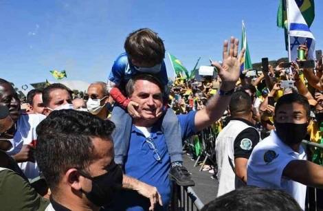 Presença de Bolsonaro em manifestação no sábado promete levar multidão à Esplanada dos Ministérios (veja o vídeo)