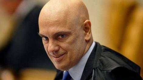 Moraes atende a esquerda e dá prazo até amanhã para Lira e Pacheco se explicarem sobre votação de MPs