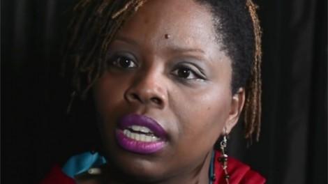 Afundada em denúncias de enriquecimento ilícito, co-fundadora do Black Lives Matter deixa o movimento (veja o vídeo)