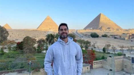 Médico brasileiro viaja ao Egito, faz piada com muçulmana e acaba preso (veja o vídeo)