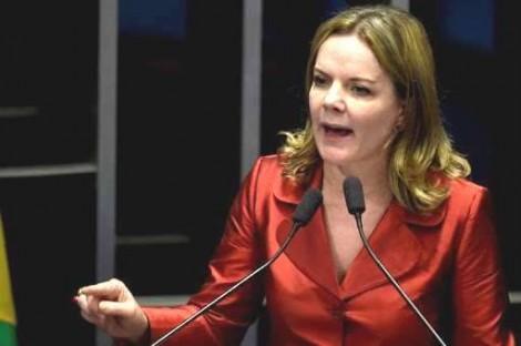 """Gleisi tenta intimidar, tiro sai pela culatra e redes sociais são inundadas por """"Lula Ladrão"""""""
