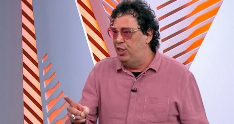 """Como se fosse """"exemplo"""", Casagrande ataca jogadores da Seleção e escuta duras verdades"""