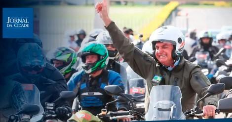 AO VIVO: Milhares de motociclistas com Bolsonaro em São Paulo (veja o vídeo)