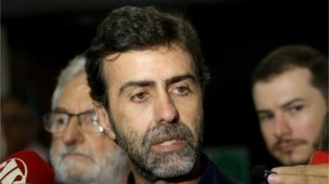 De fininho, sem fazer alarde, Freixo deixa o PSOL