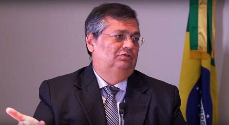 Flávio Dino anuncia saída do PC do B e dá sinais da decadência da extrema esquerda