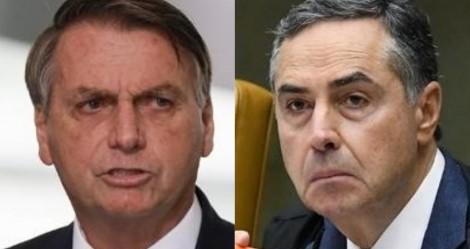 """URGENTE: Bolsonaro rompe o silêncio e abre fogo contra Barroso: """"Uma vergonha! Imbecil! Idiota!"""" (veja o vídeo)"""