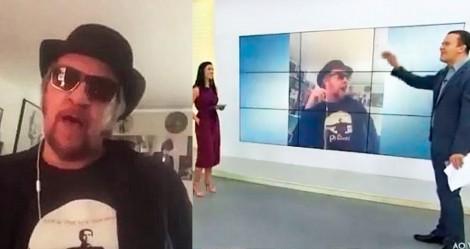 No Dia do Rock, roqueiro solta o verbo ao vivo e fala duras verdades na cara de jornalistas da Globo (veja o vídeo)