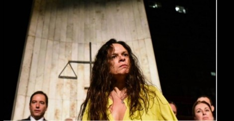 Em momento de lucidez, Janaína sai em defesa de Bolsonaro e faz revelação espantosa