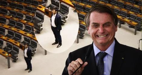 "Kim tenta ""lacrar"" imitando Bolsonaro, vira chacota e é desmoralizado na web"