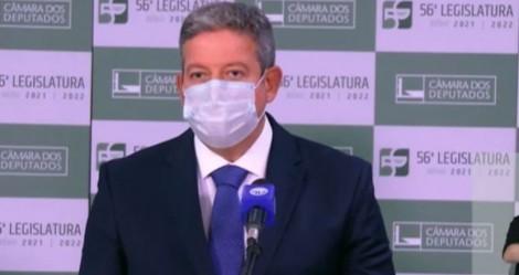 URGENTE: Para desespero de Barroso, Lira vai levar PEC do Voto Auditável ao Plenário