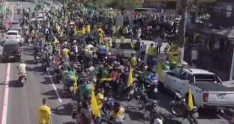 AO VIVO: No extremo Norte do Brasil, povo sai às ruas para motociata em defesa de Bolsonaro (veja o vídeo)