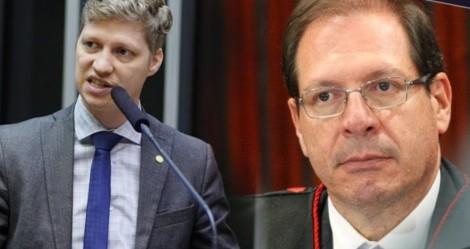"""Marcel sai em defesa da liberdade de expressão e detona """"censura"""" imposta pelo TSE (veja o vídeo)"""