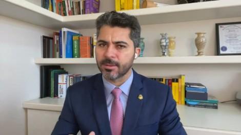 Senador sobe o tom e denuncia abusos da CPI contra a falecida mãe de Luciano Hang (veja o vídeo)