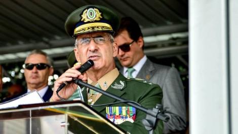 """Em forte discurso, General desabafa sobre os 1000 dias de """"pancadas"""" (veja o vídeo)"""