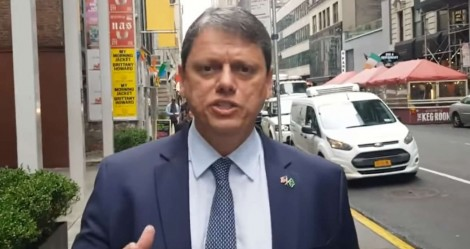 """Direto de NY, Tarcísio faz promessa ao povo brasileiro: """"O melhor ainda está por vir"""" (veja o vídeo)"""