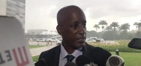 Justiça Trabalhista interfere no executivo e afasta Sérgio Camargo da gestão de servidores da Fundação Palmares