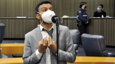 """Assessor do PSOL desfere ataques racistas a vereador Fernando Holiday: """"pretinho de mer**"""""""