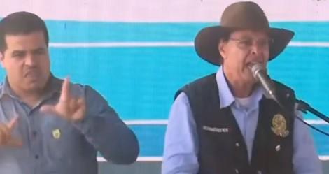 """""""Imprensa quer extorquir o nosso país"""", afirma ministro (veja o vídeo)"""