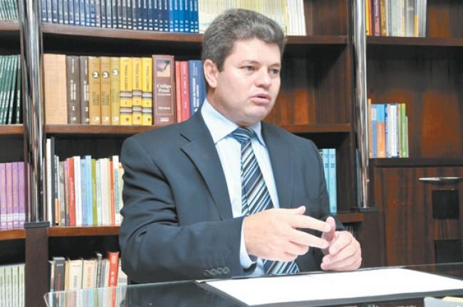 Advogado Carlos Marques