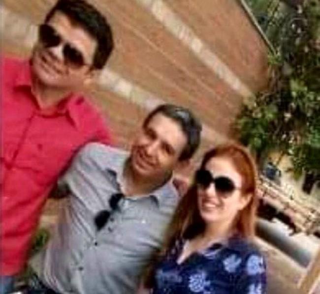 Suzane faz selfie com o noivo e um fã
