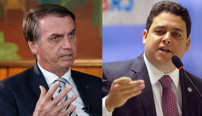 Felipe Santa Cruz (dir.), atual presidente da OAB nacional, não poupa ataques ao governo de Jair Bolsonaro.