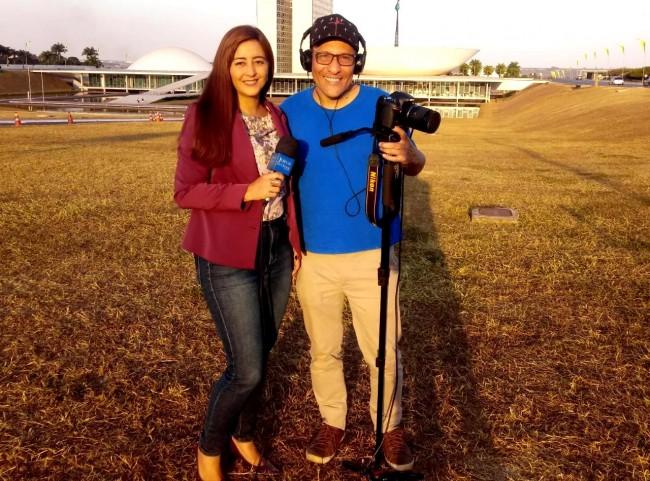 Jornalista Camila Xavier e o cinegrafista Ronaldo Medina