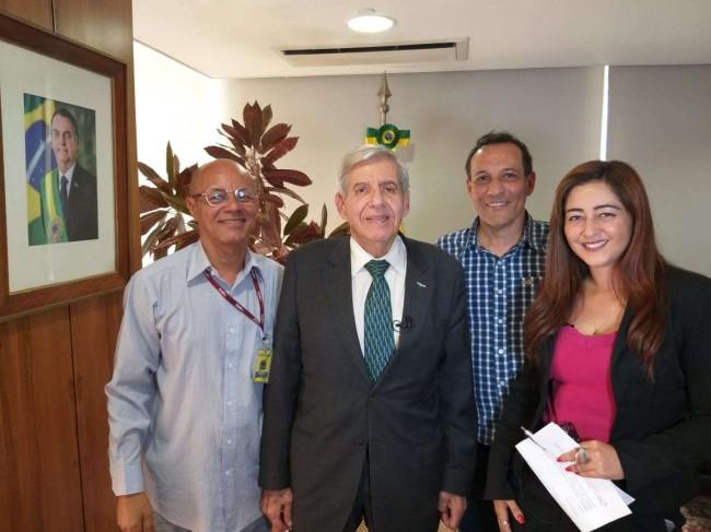 Nossa equipe com o ministro