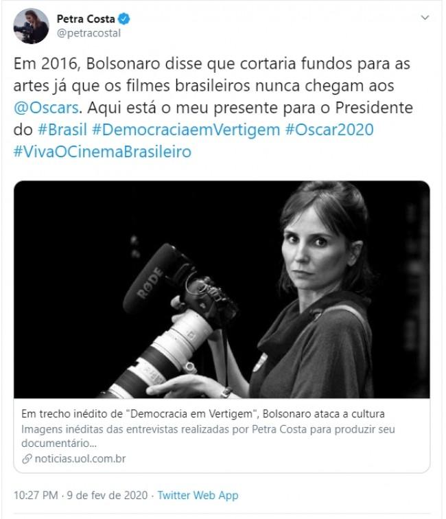 Publicação de Petra Costa no Twitter